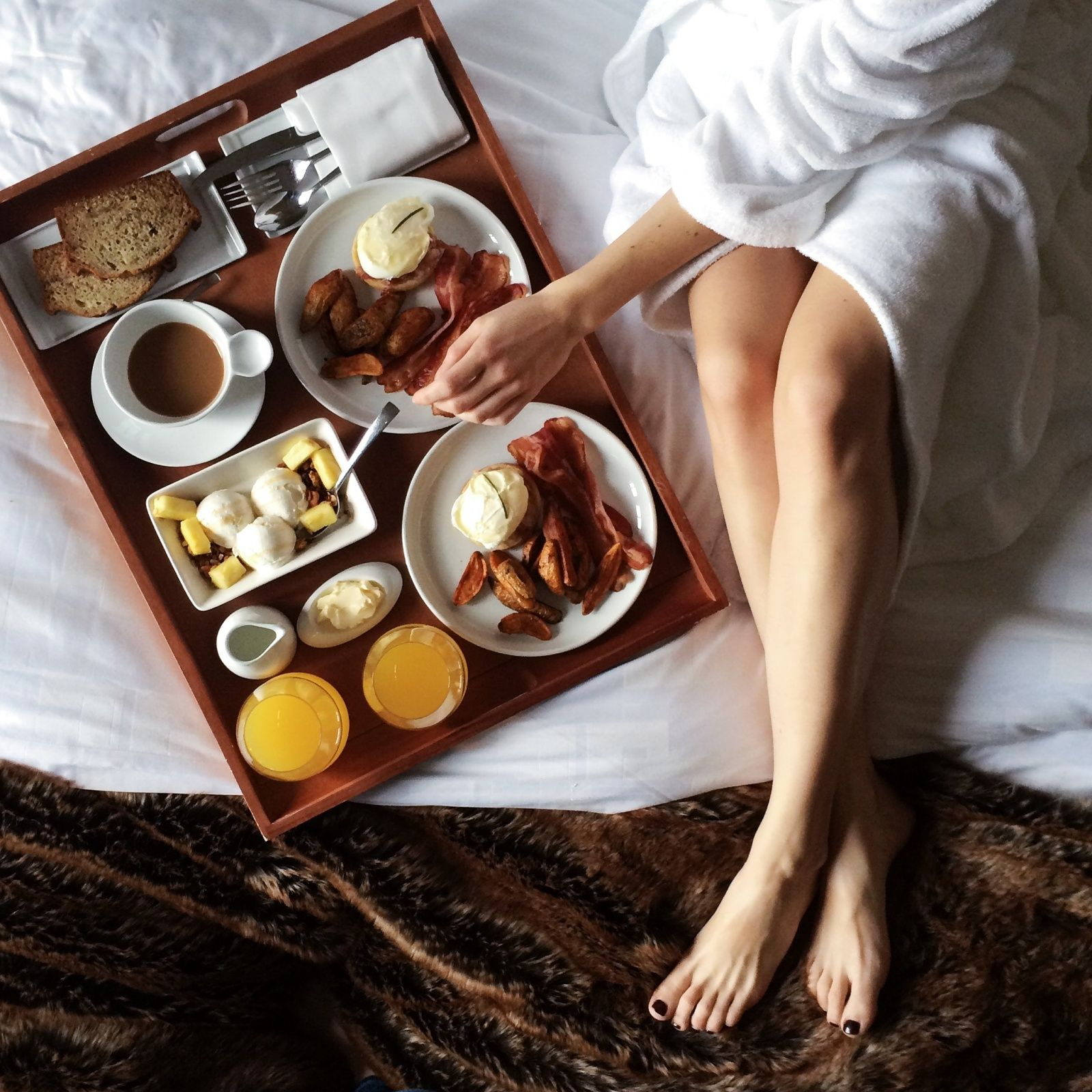 Breakfast in bed-The transatlantic-VSCO_1600x1600